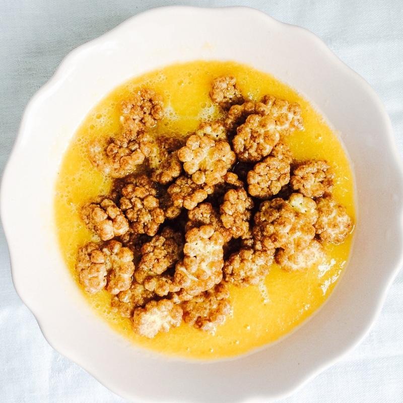 Mangová smoothie miska / Mango smoothie bowl