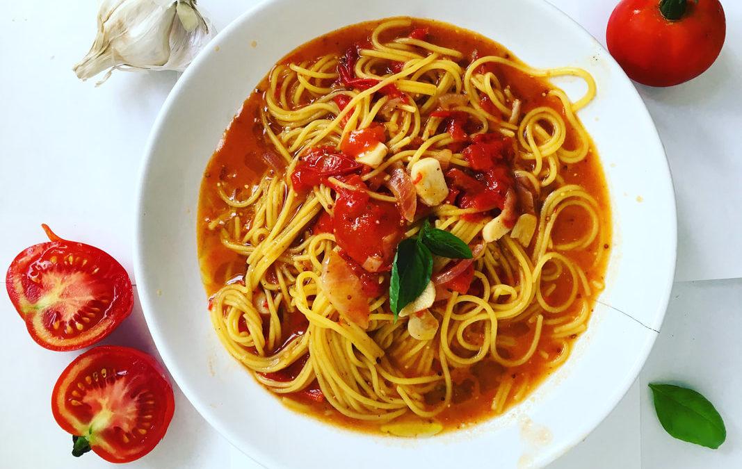 Špagety s rajčinovou omáčkou